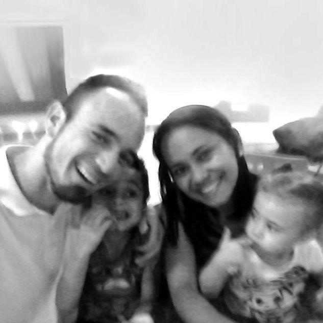 Família Missionária: Jader, Chélly, Samuel e Maria Helena Medeiros