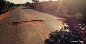 Trecho em que ocorreu o acidente na BR 349 nas proximidades de Correntina na Bahia.